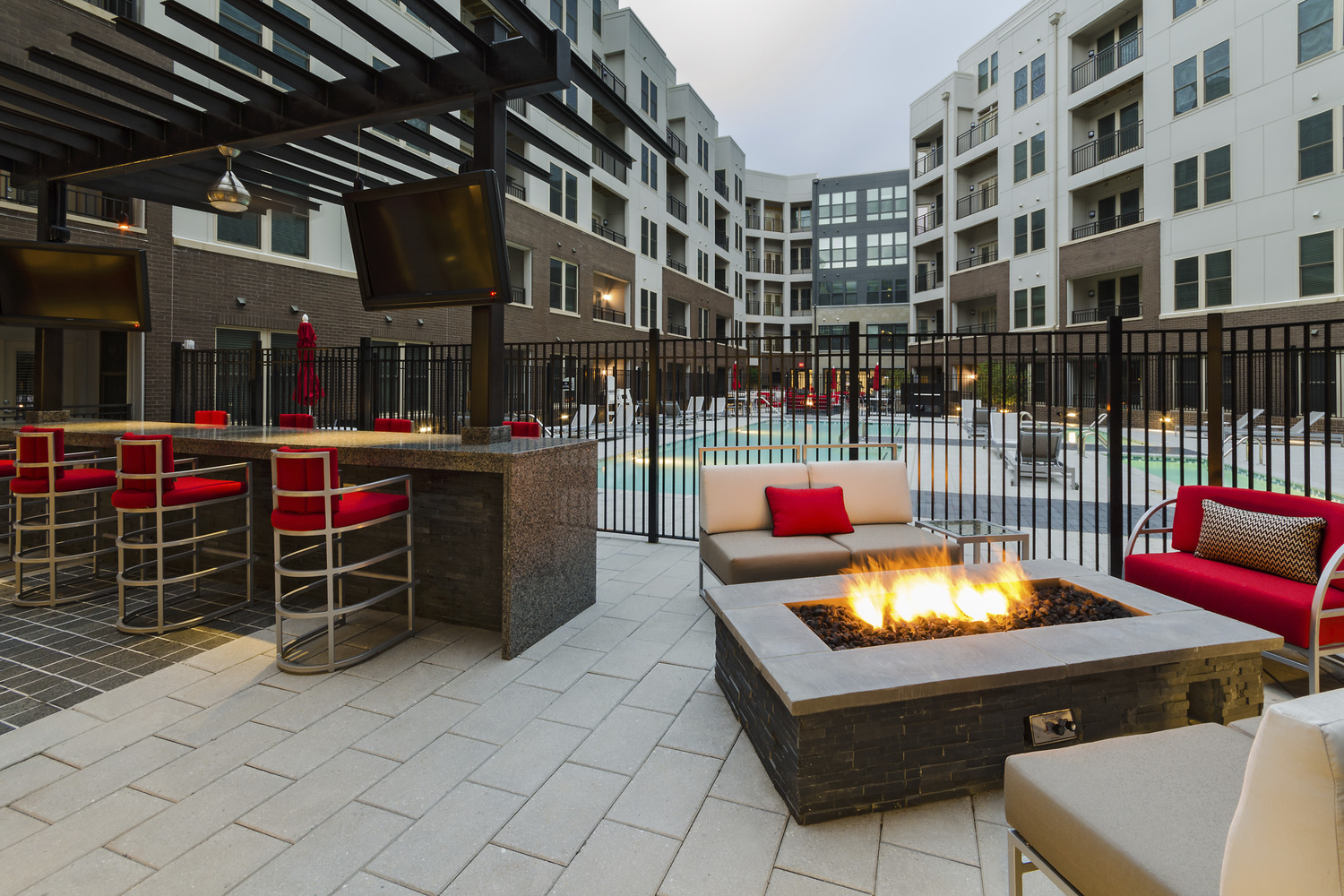 CBG builds Bell Del Ray, a 276-Unit Luxury Residential Community with Cast-in-Place Garage in Alexandria, VA - Image #6