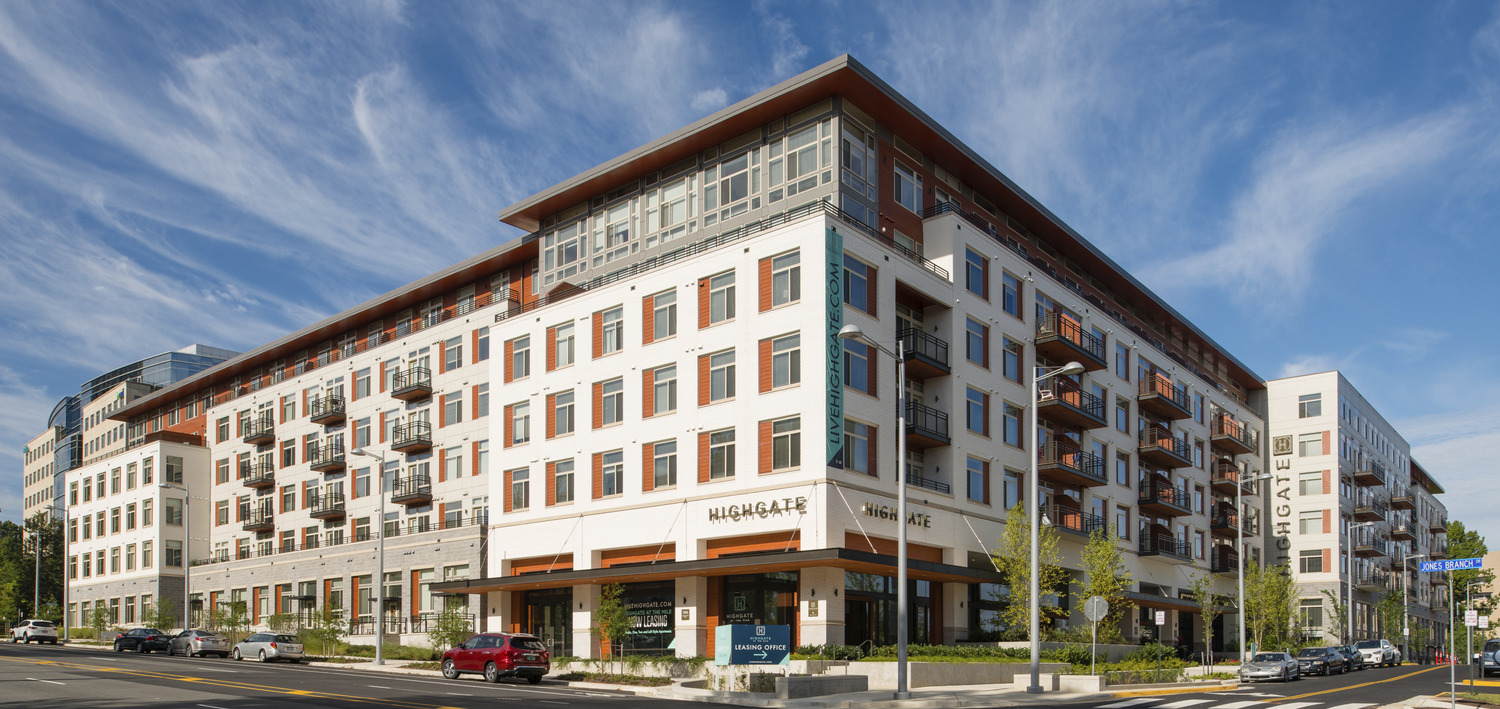 Construction of Luxury Apartment Community Reaches Substantial Completion Press Release Image
