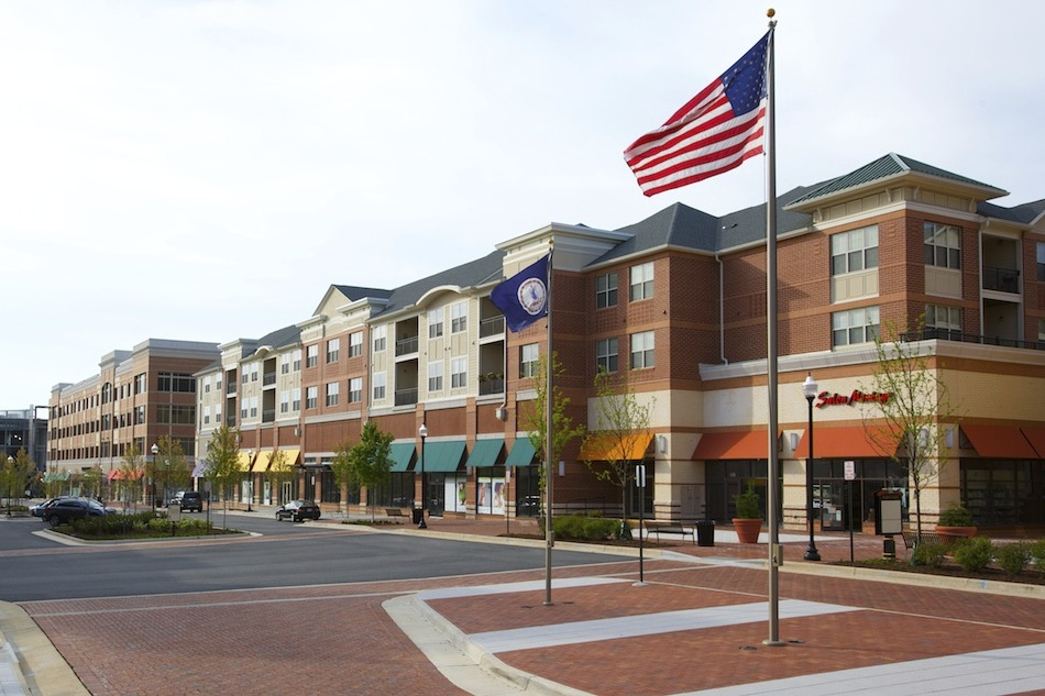 CBG builds Village at Leesburg, a 335 Apartment Units in Nine Buildings Over Retail in Leesburg, VA - Image #3