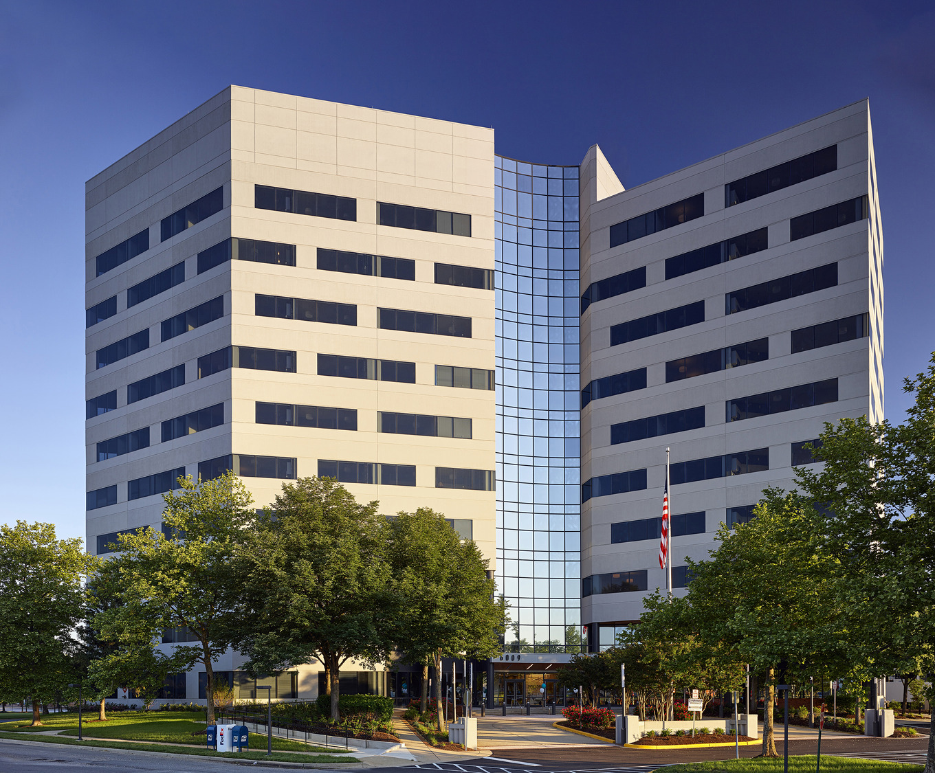 CBG builds The Oxford, a 187 Luxury Apartments Adapted from Former 10-Story Office Building in Oxon Hill, MD - Image #1
