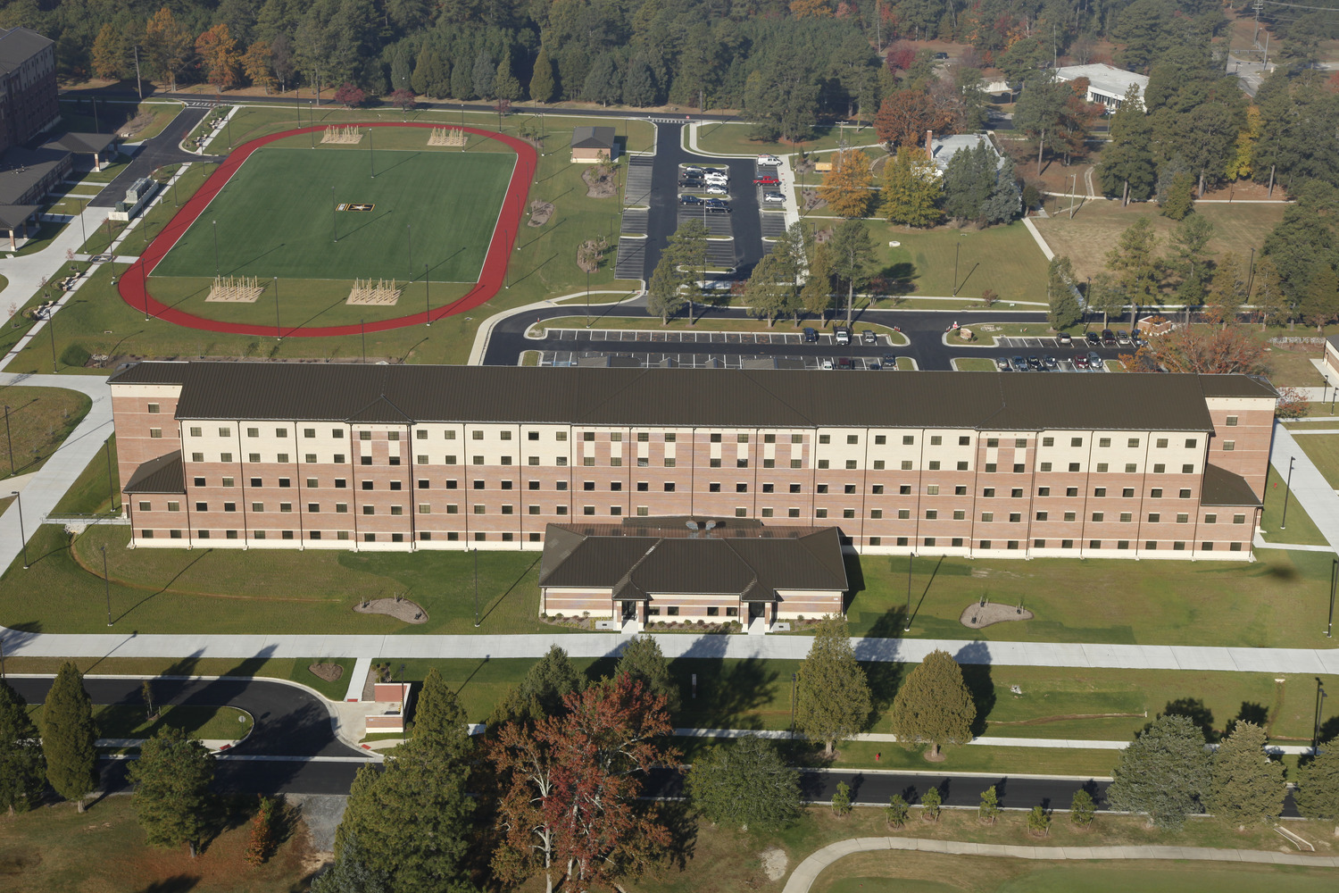 CBG builds Fort Lee AIT Barracks, a 600-Unit Advanced Individual Training Facility and Residential Complex in Fort Lee, VA - Image #8