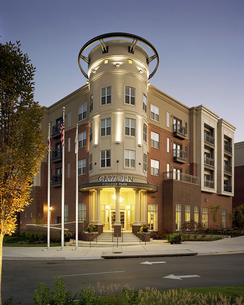 CBG builds Camden College Park, a 508-Unit Luxury Apartment Community with Precast Garage in College Park, MD