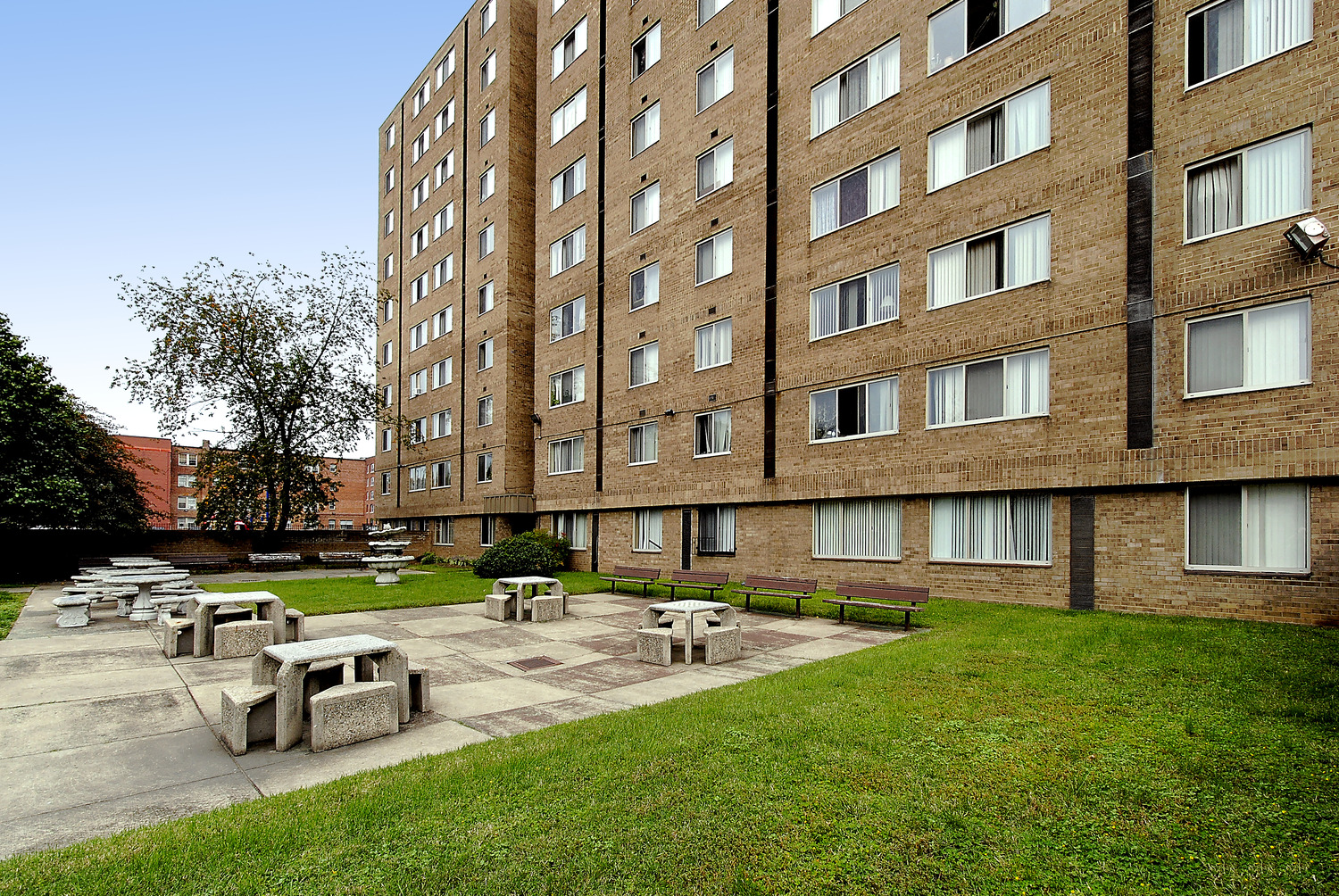 CBG builds Columbia Heights, a 406-Unit Tenant-In-Place Rehabilitation in Washington, DC - Image #10