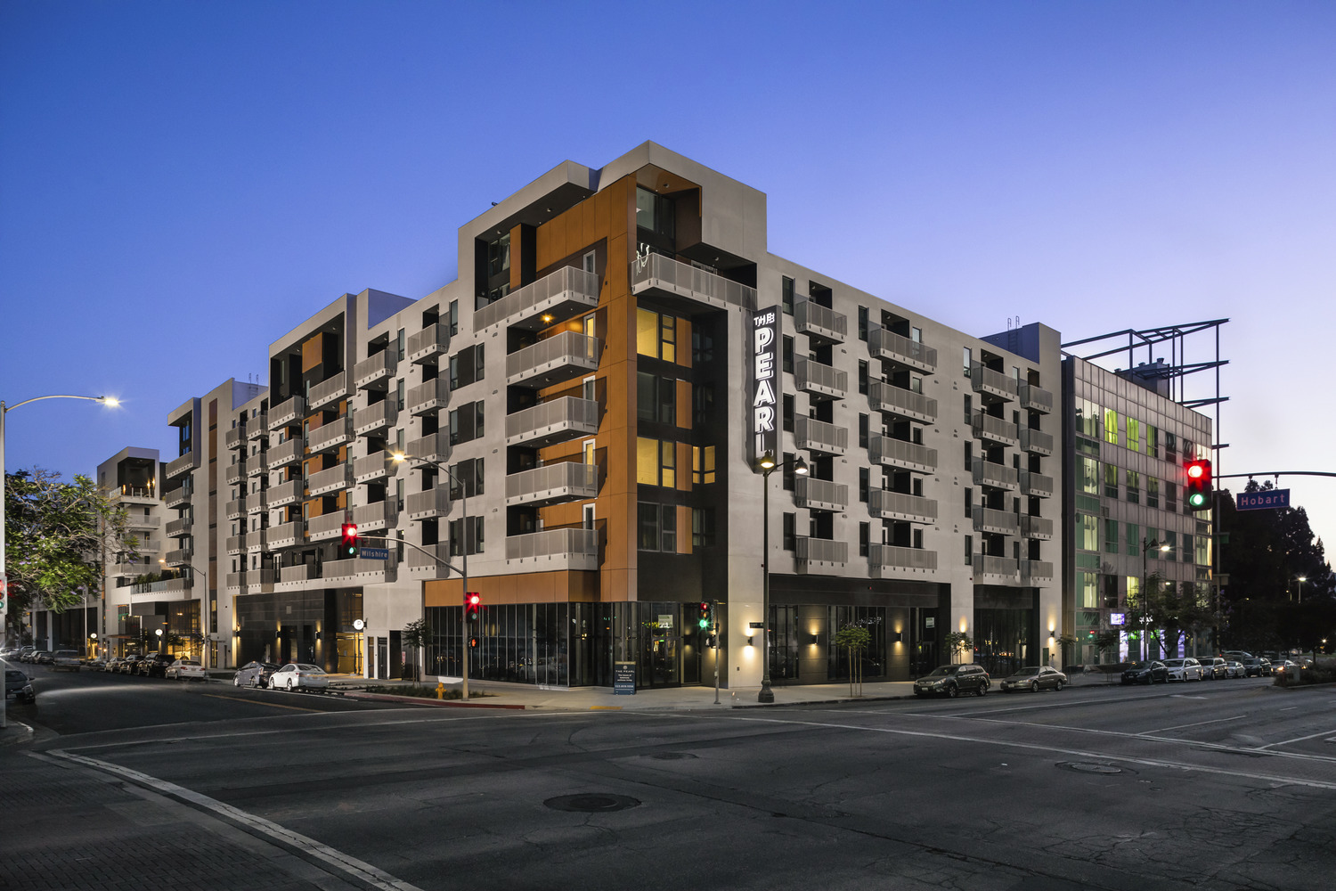 CBG builds The Pearl on Wilshire, a 346-Unit Mixed-Use Apartment Community with Podium Parking in Los Angeles, CA
