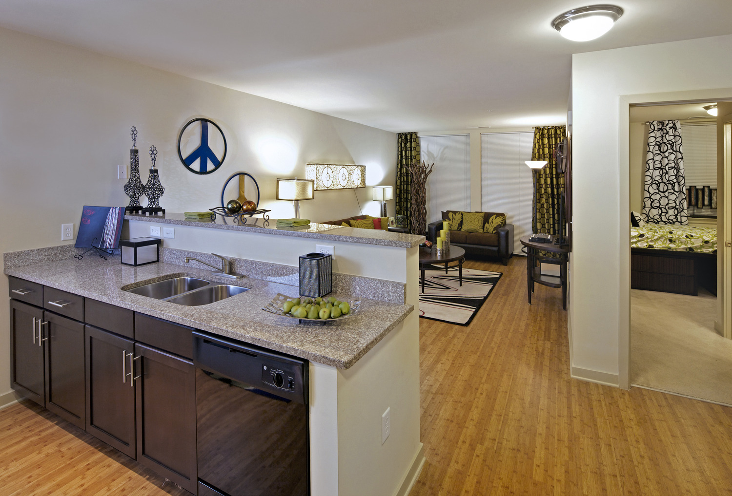 CBG builds Varsity at College Park, a 901-Bed Student Housing Community with 258 Luxury Apartments in College Park, MD - Image #7