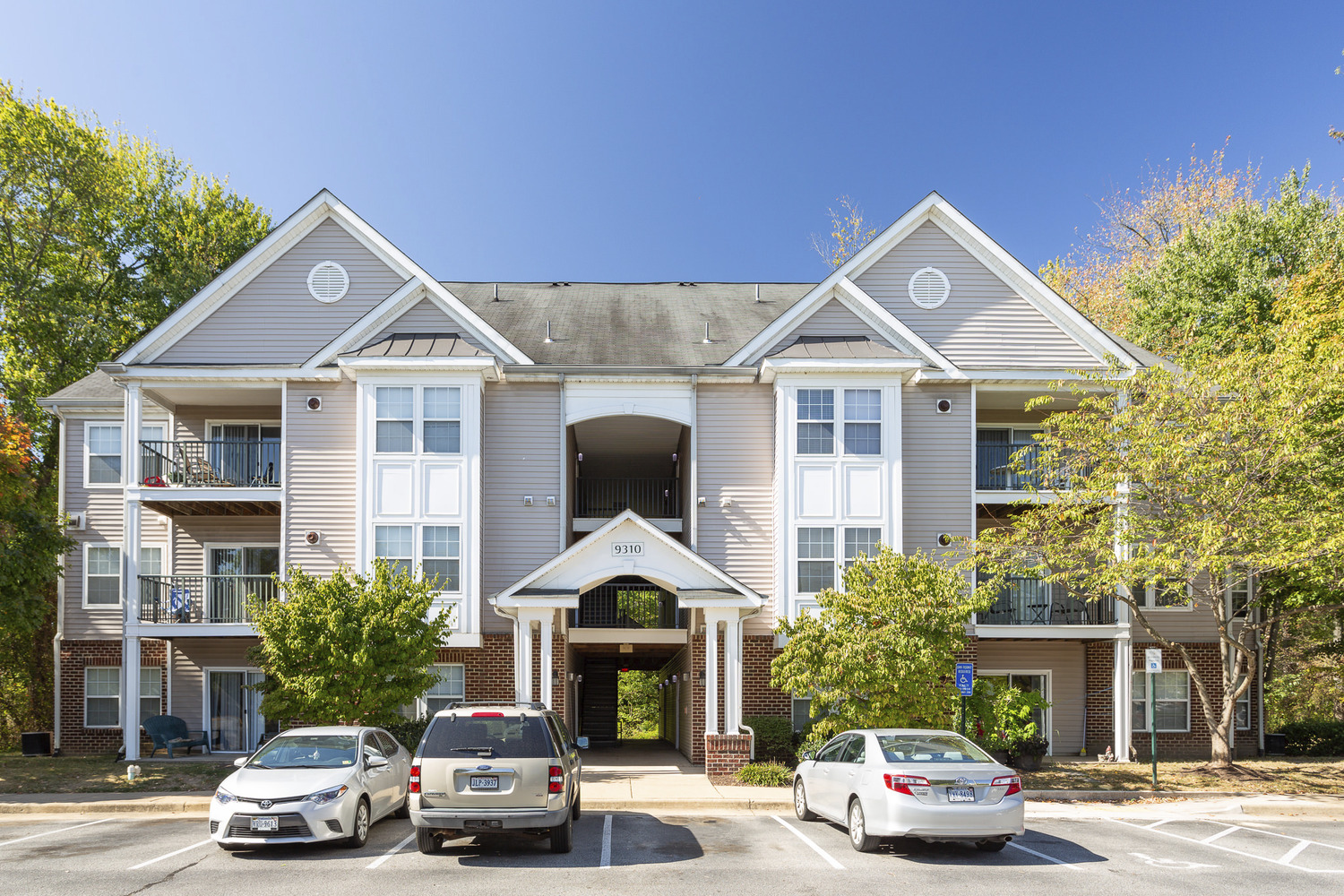 CBG builds The Fields at Lorton Station Phase II, a 80 Market-Rate and Affordable Apartments in Lorton, VA