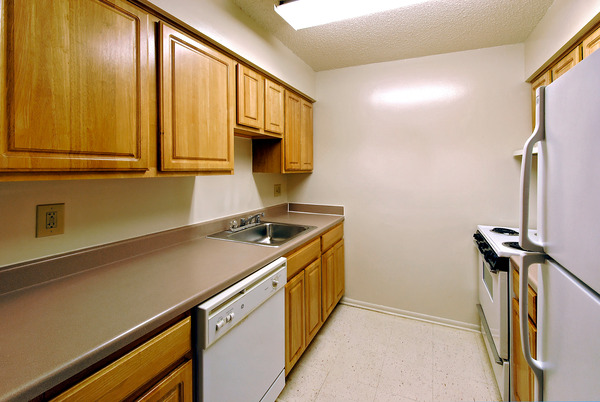 CBG builds Columbia Heights, a 406-Unit Tenant-In-Place Rehabilitation in Washington, DC - Image #8