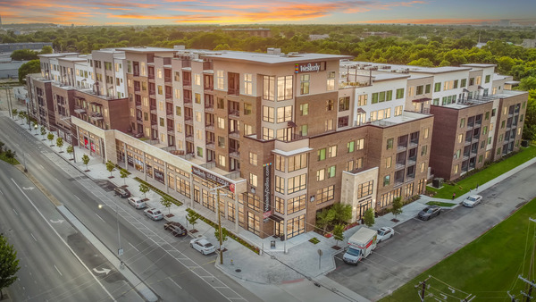 CBG builds The Westerly, a Seven-Story Luxury Community with Rooftop Skydeck in Dallas, TX - Image #11