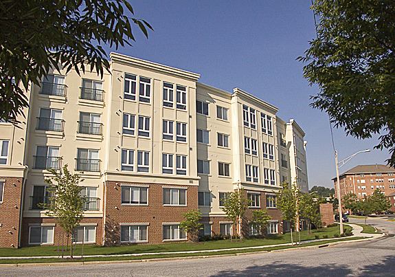 CBG builds Dulaney Crescent, a 264-Unit Apartment Community with Cast-in-Place Parking in Towson, MD - Image #2