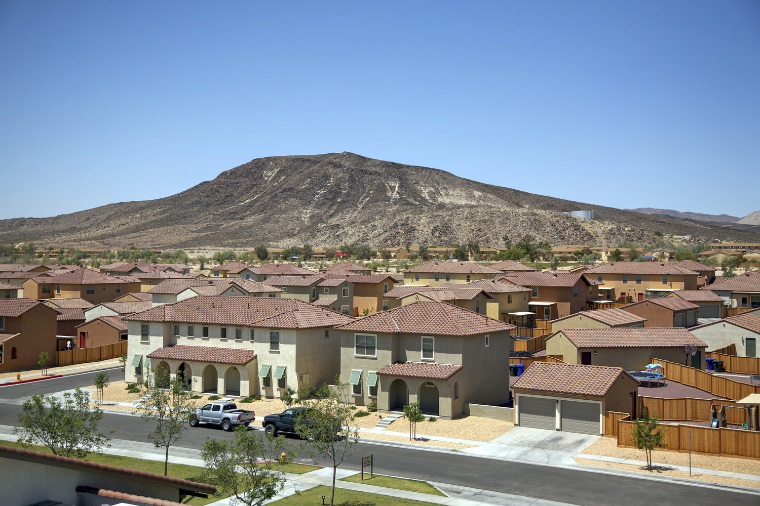 CBG builds The Villages at Fort Irwin, a 807 New Military Homes and 200 Senior Unaccompanied Housing Units in Fort Irwin, CA - Image #3