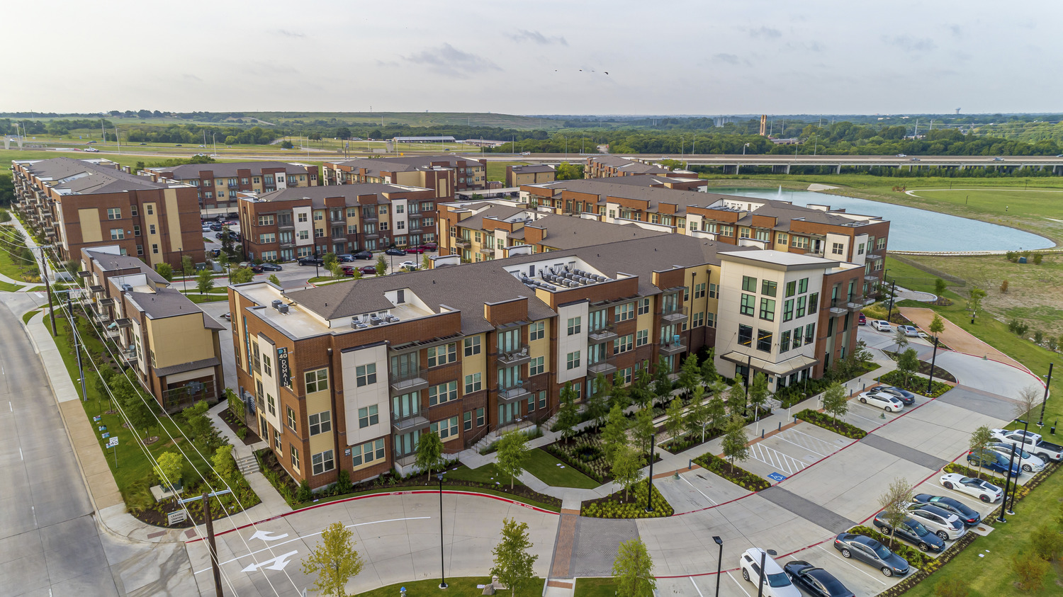 CBG builds Domain at the One Forty, a 10-Building Garden-Style Community with Amenities in Garland, TX