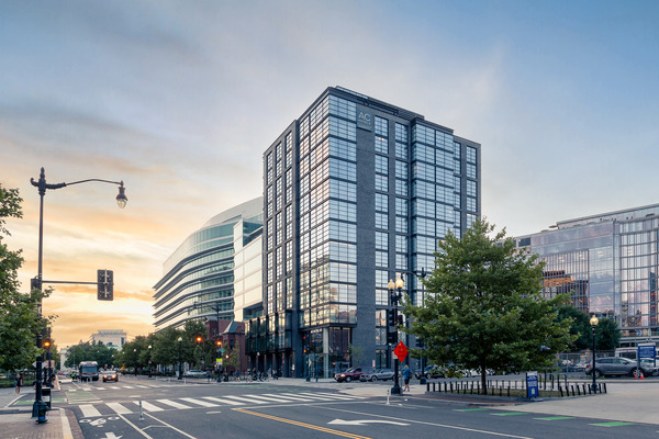 CBG builds Marriott AC, a 13-Story, 234-Room Luxury Hotel with Retail and Amenities in Washington, DC - Image #7