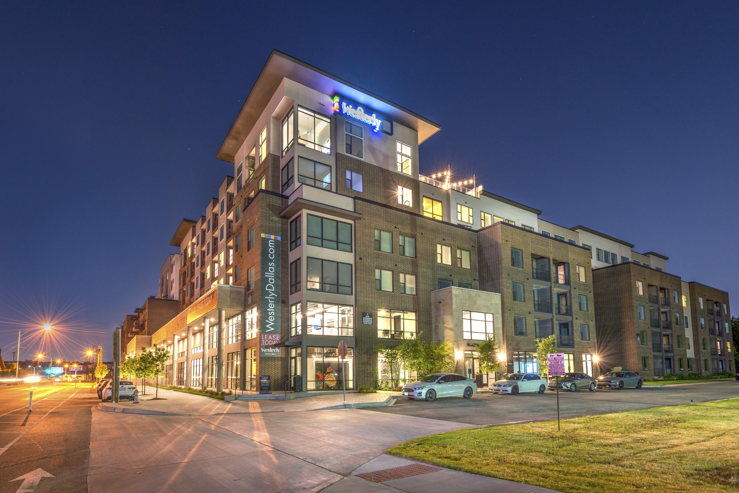 CBG builds The Westerly, a Seven-Story Luxury Community with Rooftop Skydeck in Dallas, TX