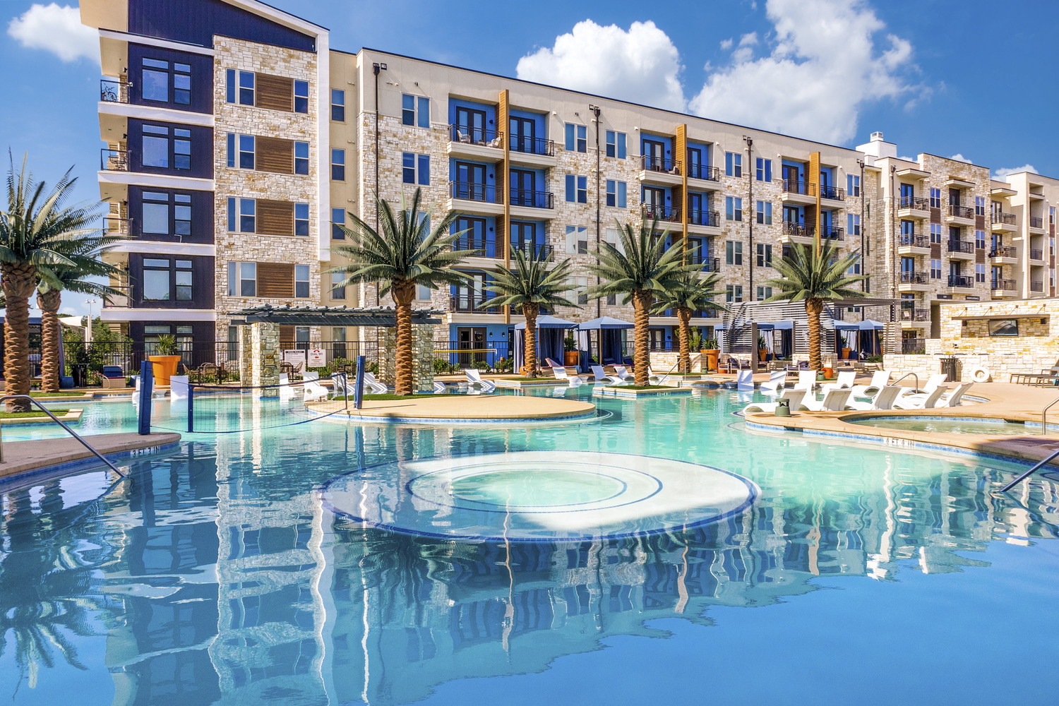 CBG builds Vitruvian West Phase II, a 366-Unit LEED® Silver Apartment Community with Parking Garage in Addison, TX - Image #1