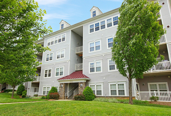 CBG builds The Park at Kingsview Village, a 326 Market-Rate Apartments in Germantown, MD - Image #4