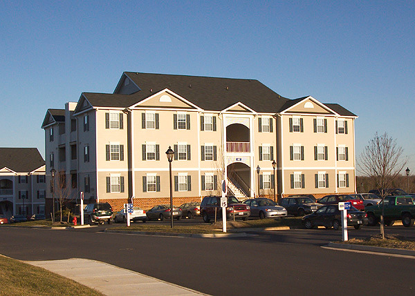 CBG builds Sunchase at Longwood, a 560-Bed, 140-Unit Student Housing Community in Farmville, VA - Image #1