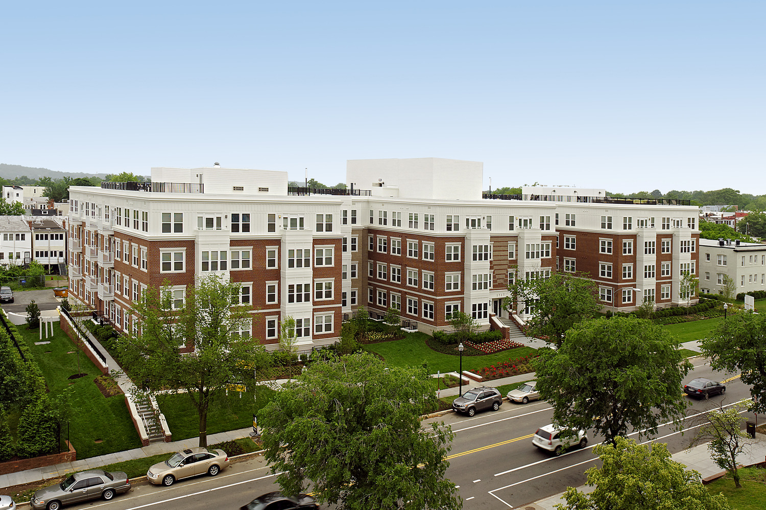 CBG builds Kennedy Row, a 142-Unit Luxury Apartment Community with Two-Story Underground Parking in Washington, DC - Image #3