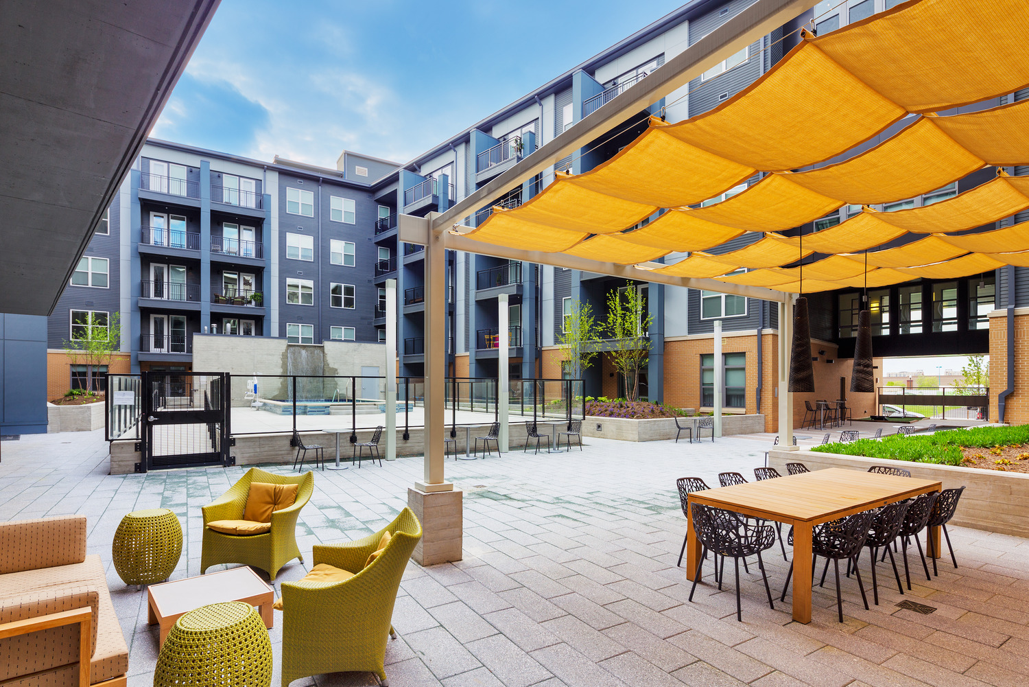 CBG builds Avalon Potomac Yard, a 331-Unit Luxury Apartment Community in Two Buildings Over a Shared Below-Grade Garage in Alexandria, VA - Image #4