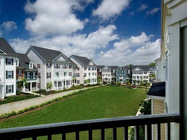 CBG builds Avalon Russett, a 238 Class A Apartments and Townhomes in Laurel, MD - Image #4