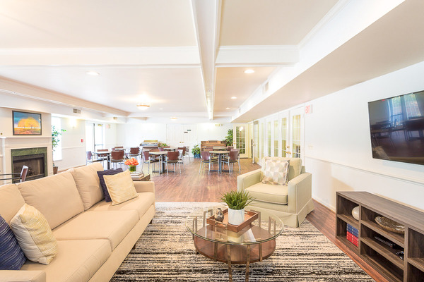 CBG builds Kendrick Court at McNair Farm, a 139 Senior Housing Apartments in Herndon, VA - Image #4