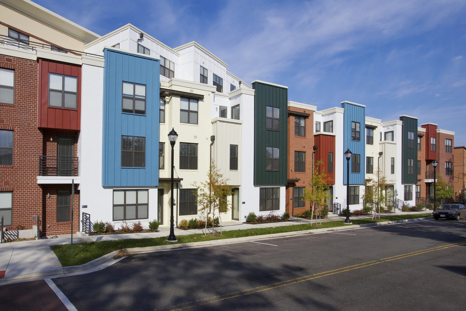 CBG builds Del Ray Central, a 141 Luxury Apartments with Retail Over Two-Level Garage in Alexandria, VA - Image #8