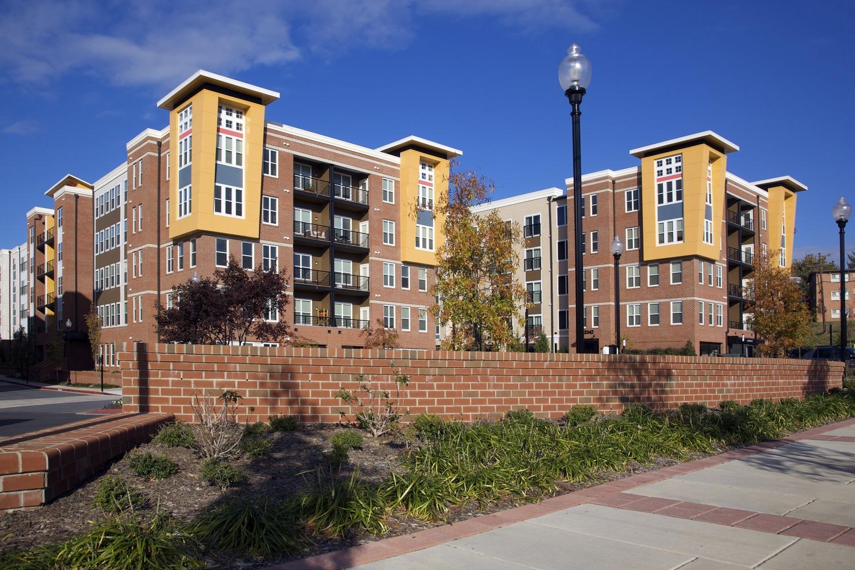 CBG builds Post Park, a 396 Multifamily Apartments Surrounding Precast Garage in Hyattsville, MD
