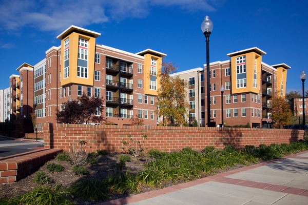 CBG builds Post Park, a 396 Multifamily Apartments Surrounding Precast Garage in Hyattsville, MD - Image #1