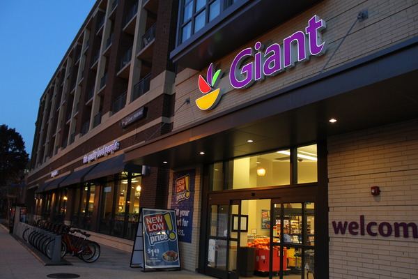CBG builds 360° H Street, a 215-Unit LEED® Silver Mixed-Use Community with Grocery in Washington, DC - Image #3