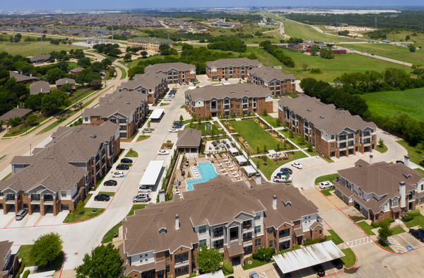 CBG builds Copper Ridge Phase III, a Three-Story, 168-Unit Apartment Community Across Eight Buildings in Roanoke, TX - Image #1
