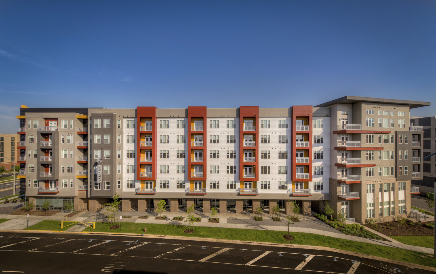 CBG builds Station on Silver, a 400-Unit Transit-Oriented Apartment Community with Parking and Amenities in Herndon, VA - Image #2