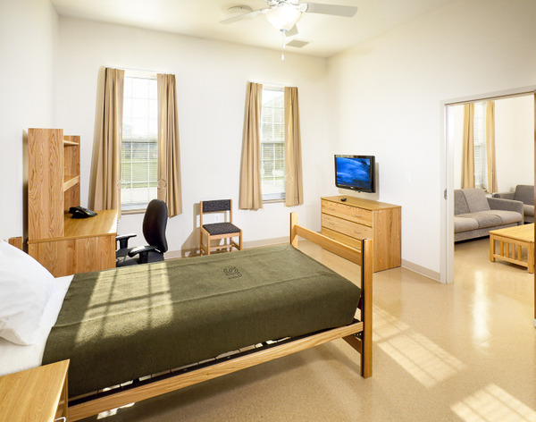 CBG builds Fort Belvoir Warriors in Transition Barracks, a 144 Units of Barracks for Soldiers Recovering from War Injuries in Fort Belvoir, VA - Image #4