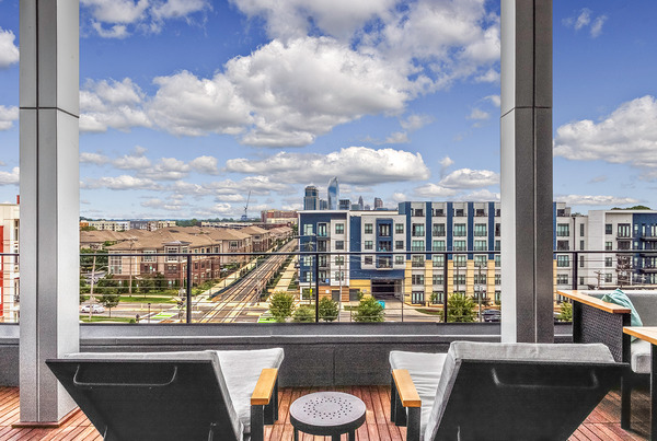 CBG builds Bainbridge South End, a 200-Unit Apartment Community with Amenities and Underground Parking in Charlotte, NC - Image #3
