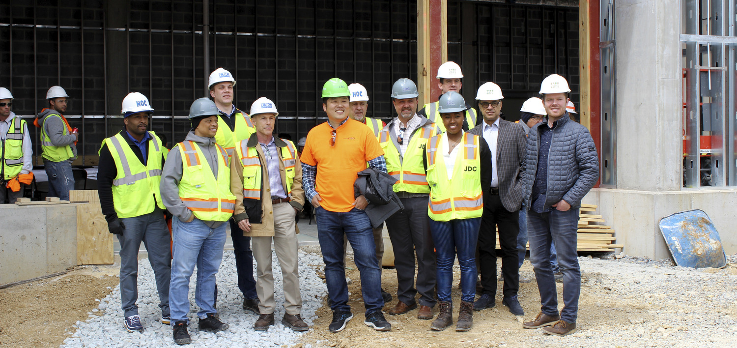 900 Thayer Commemorates Topping Out - Press Release Image