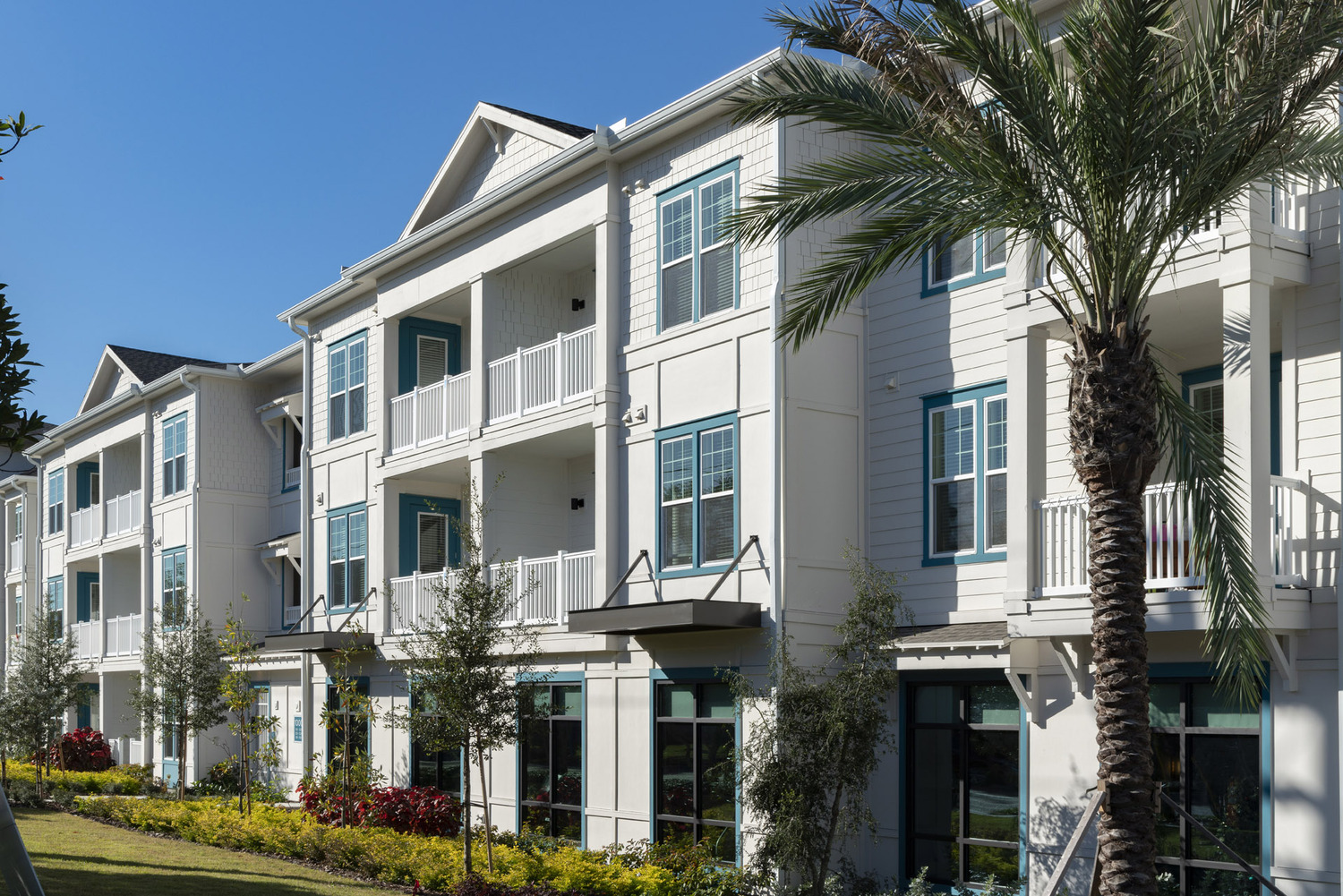 CBG builds The Rosery, a 224-Unit Luxury Apartment Community Across Four Buildings in Largo, FL - Image #8