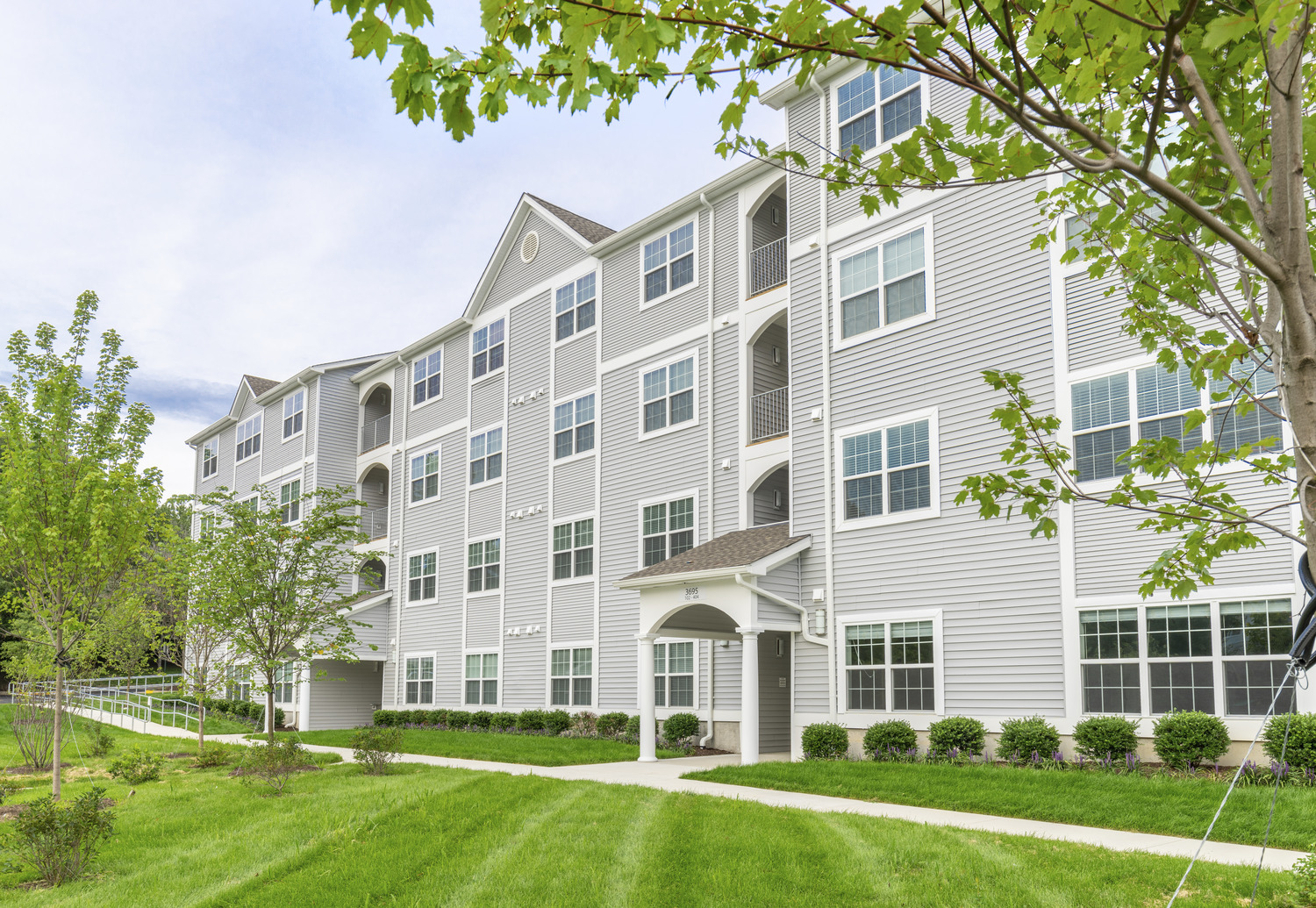 CBG builds Dominion Middle Ridge, a 28-Unit Infill Apartment Building with Recreation Court and Dog Park in Woodbridge, VA - Image #1