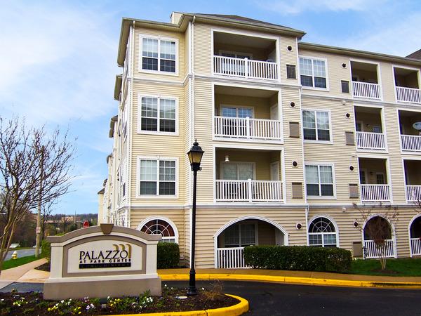 CBG builds Palazzo at Park Center, a 400 Class A Apartments in Alexandria, VA - Image #1