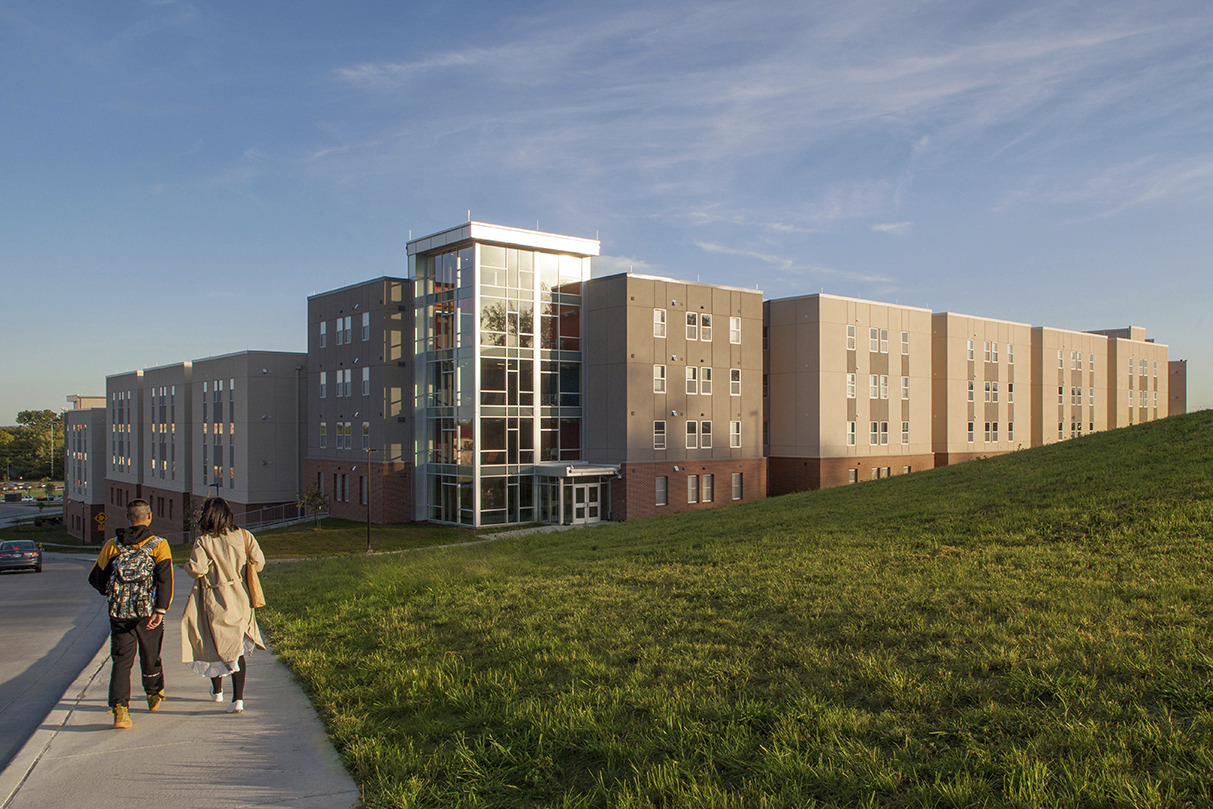 CBG builds Stouffer Place Apartments, a 201-Unit, 708-Bed Student Housing Apartment Community Across Two Buildings in Lawrence, KS - Image #1