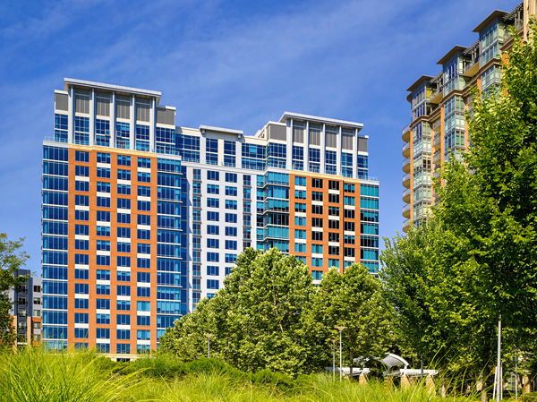 CBG builds Ovation at Park Crest, a 300-Unit, 19-Story LEED® Gold Luxury Apartment Community in McLean, VA - Image #1