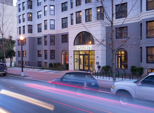CBG builds Varsity on K, a 12-Story Renovated Student Housing Community with Underground Parking in Washington, DC - Image #4