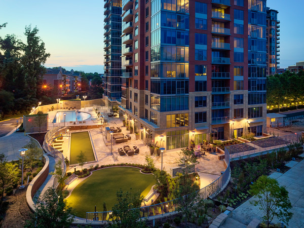 CBG builds Ovation at Park Crest, a 300-Unit, 19-Story LEED® Gold Luxury Apartment Community in McLean, VA - Image #4