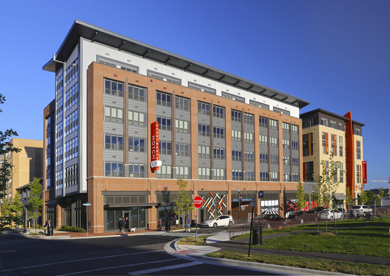 CBG builds Notch 8 at The Exchange at Potomac Yard, a 253-Unit LEED®-Certified Residential Community with 69,900-SF Grocery in Alexandria, VA - Image #5