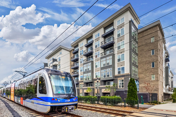 CBG builds Bainbridge South End, a 200-Unit Apartment Community with Amenities and Underground Parking in Charlotte, NC - Image #4