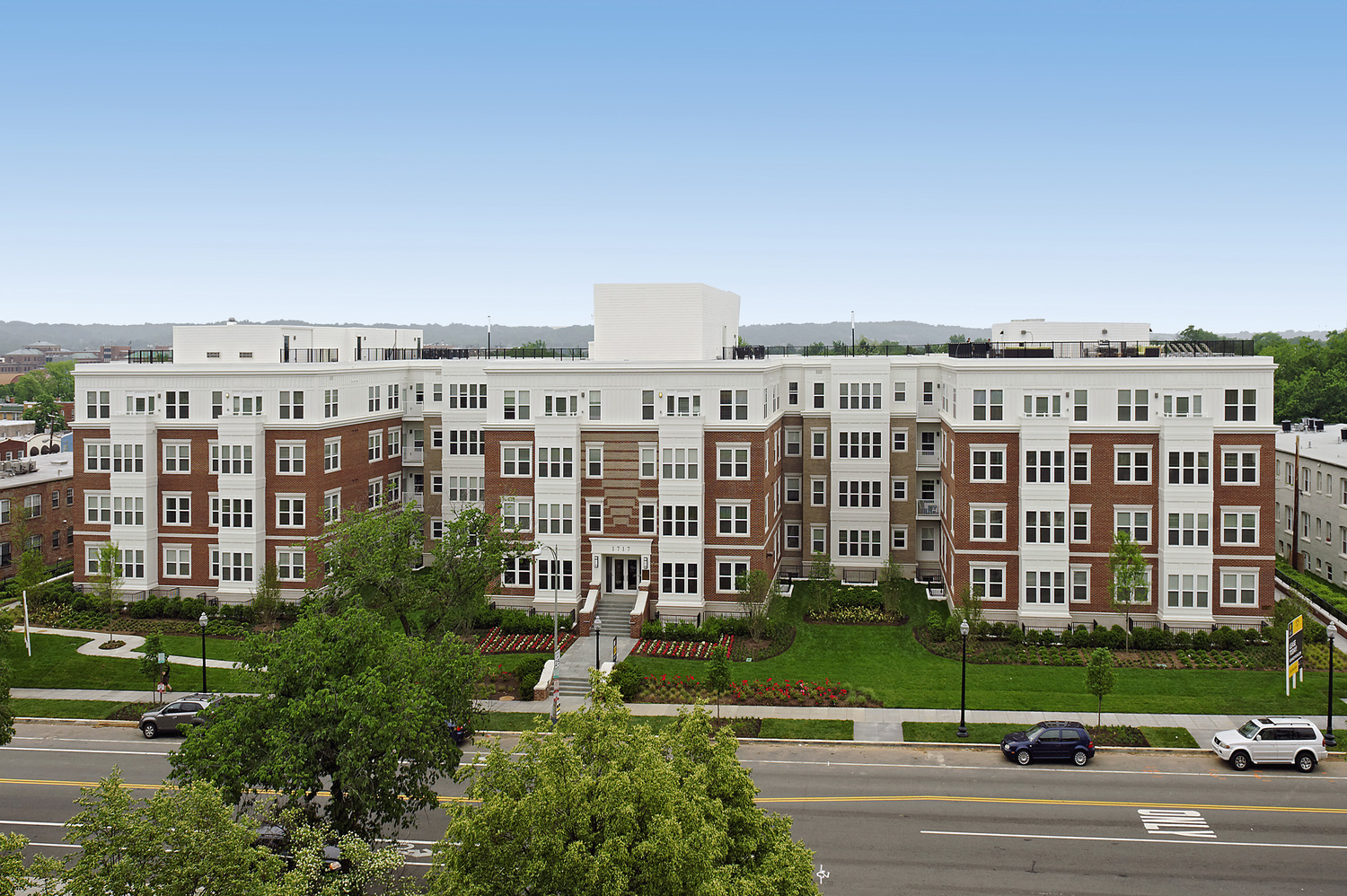 CBG builds Kennedy Row, a 142-Unit Luxury Apartment Community with Two-Story Underground Parking in Washington, DC