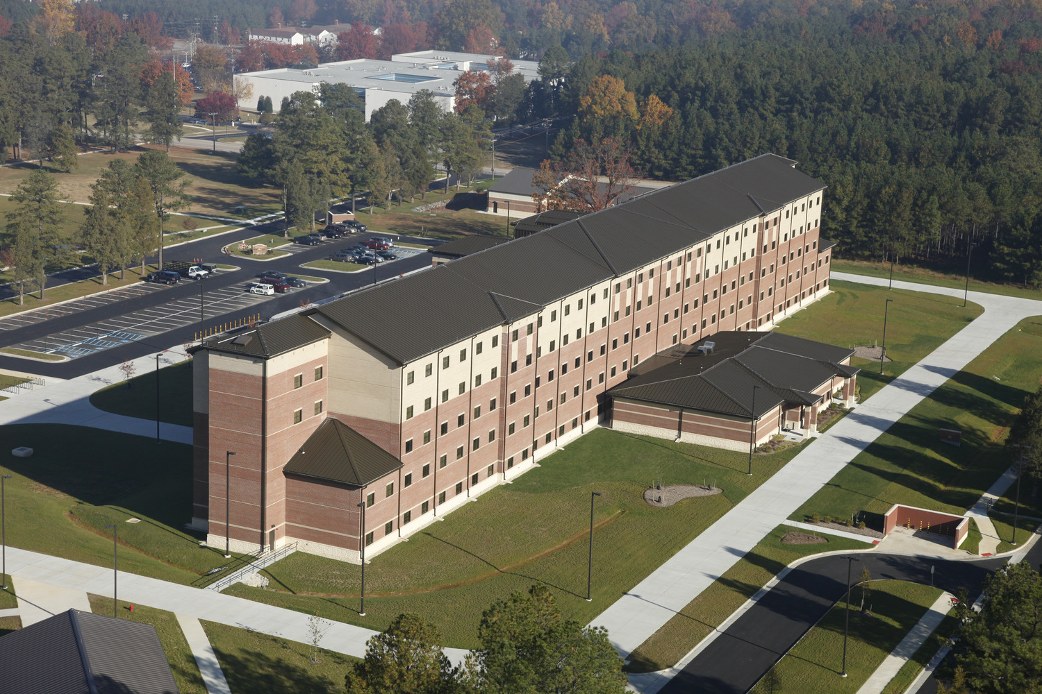 CBG builds Fort Lee AIT Barracks, a 600-Unit Advanced Individual Training Facility and Residential Complex in Fort Lee, VA - Image #9