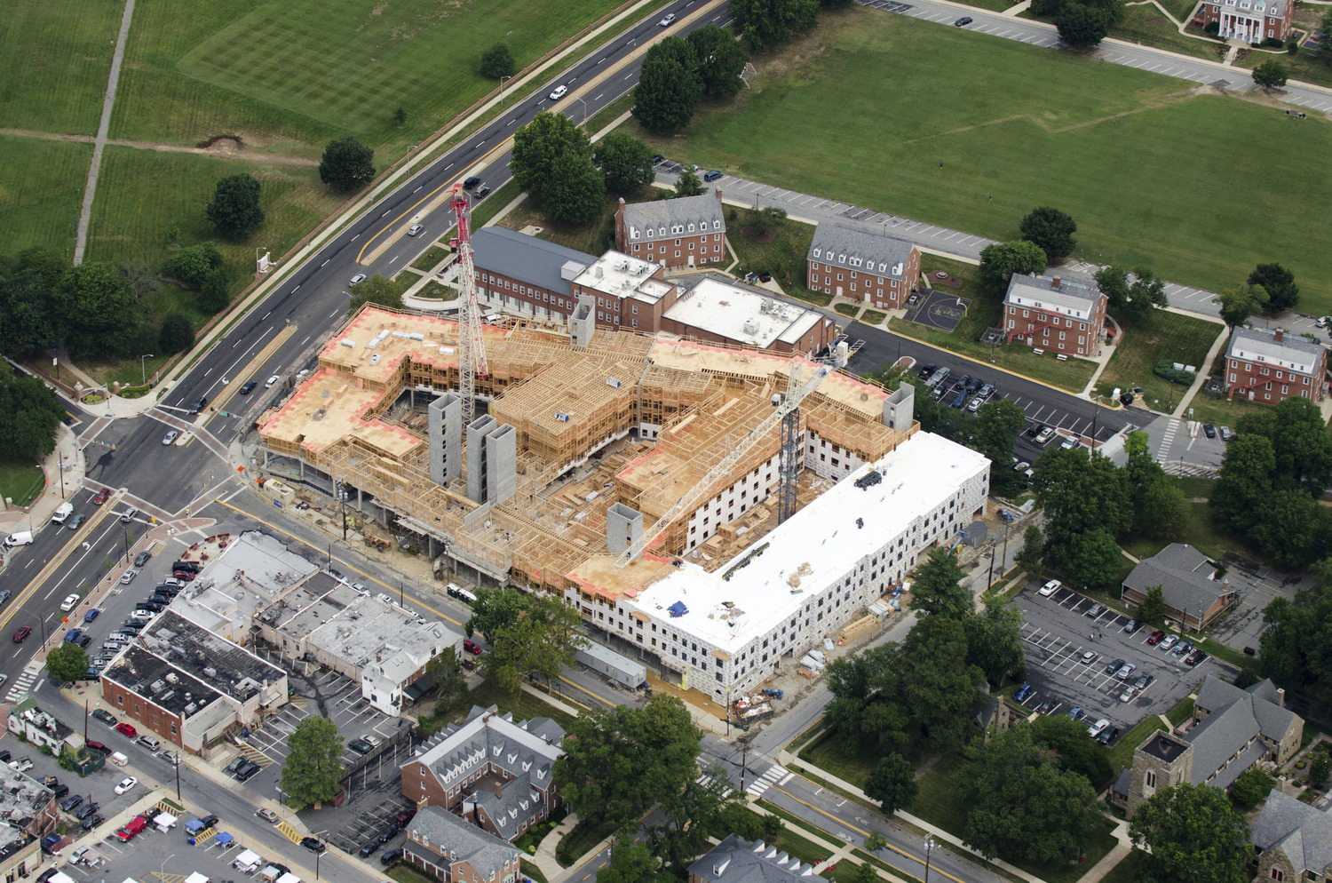 CBG builds Landmark College Park, a 283-Unit, 843-Bed Student Housing Community with Retail in College Park, MD - Image #10