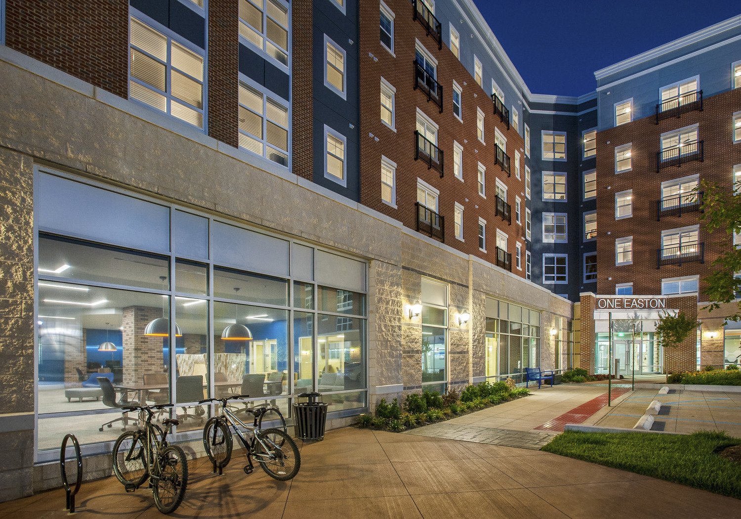 CBG builds One Easton, a 440-Bed Student Housing Community with Precast Parking Garage and Amenity Areas in Newark, DE - Image #4