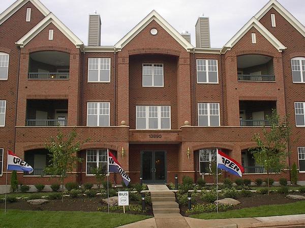 CBG builds Heritage Hunt, a 39-Unit Condominium over Structured Parking in Gainesville, VA - Image #2
