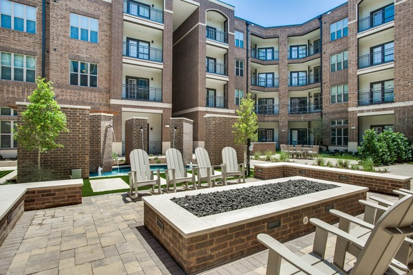 CBG builds Emerson Court, a 312-Unit Luxury Apartment Community with Amenities in Frisco, TX - Image #4