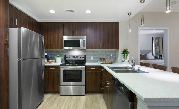 CBG builds Radius Apartments, a 264-Unit Luxury Apartment Community in Redwood City, CA - Image #2