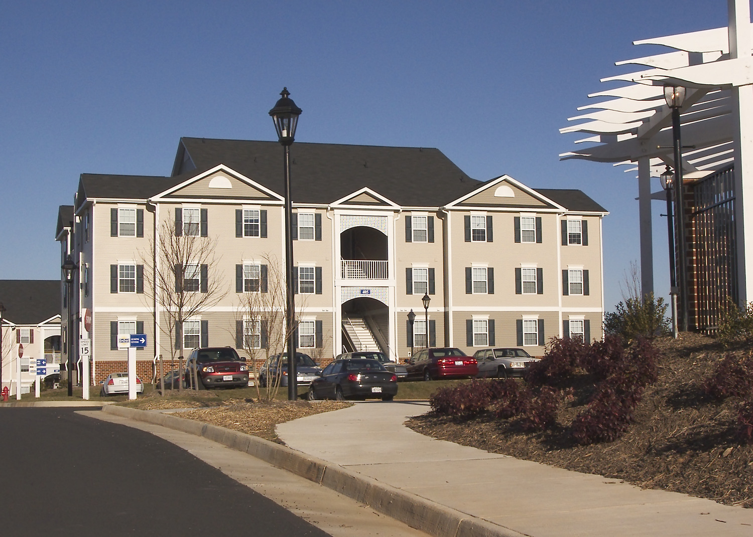 CBG builds Sunchase at Longwood, a 560-Bed, 140-Unit Student Housing Community in Farmville, VA - Image #4